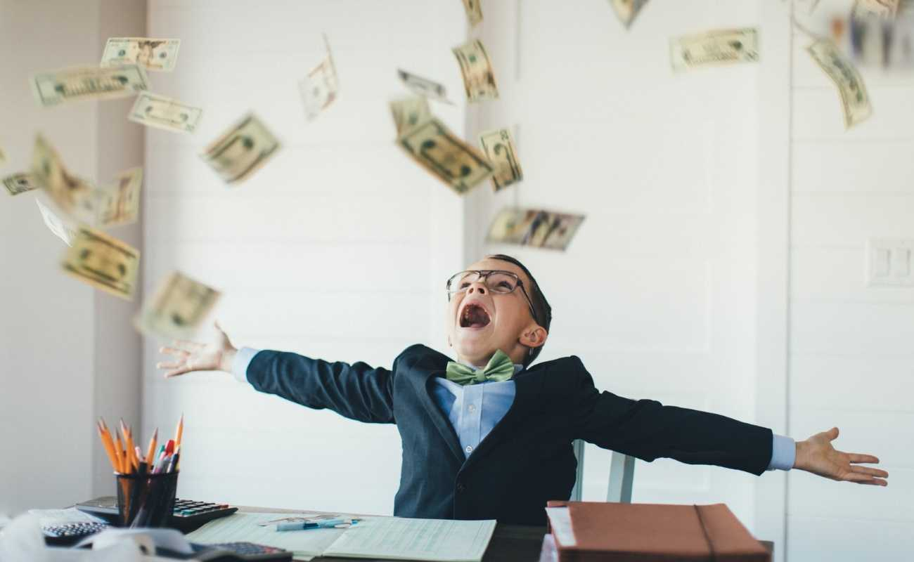 Was macht ein Finanzberater - Financial Guide